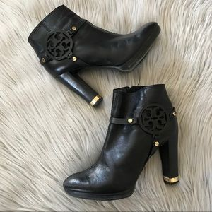 TORY BURCH Black Leather Reva Logo Ankle Boots